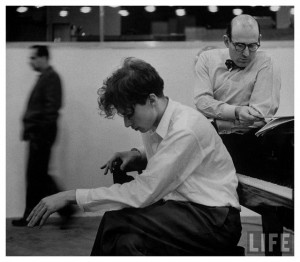 glenn-gould-pianist-1955-by-gordon-parks-life